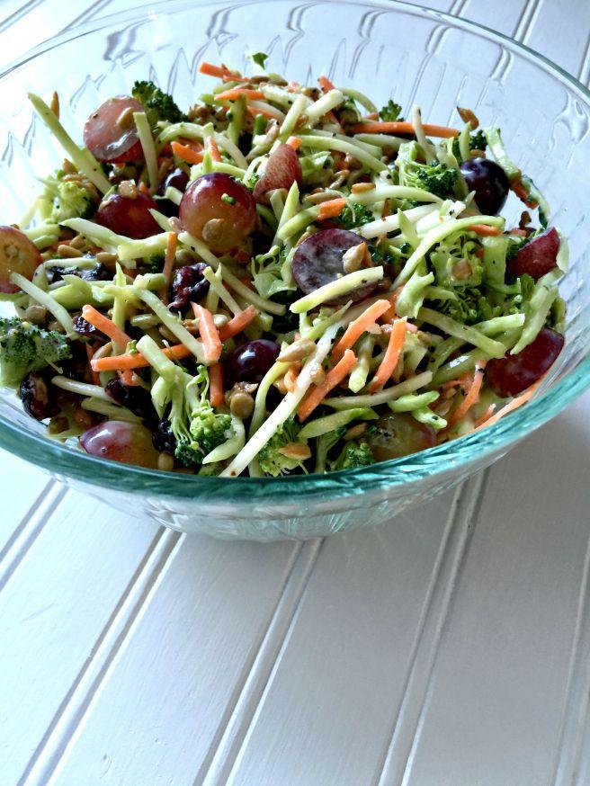broccolisaladbowl8.22